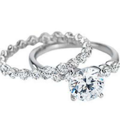 Win an Engagement Ring & Wedding Band